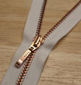 YKK Fijne spiraalrits ecru met metallic roségold 60cm