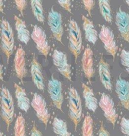 Poppy Coupon 0,90x1,45m Sweat GOTS digital feathers pastel grijs
