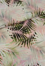 Viscose crepe zalmrose met palmbladeren
