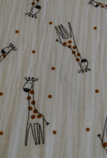 Double gauze offwhite giraf met oker bolletjes