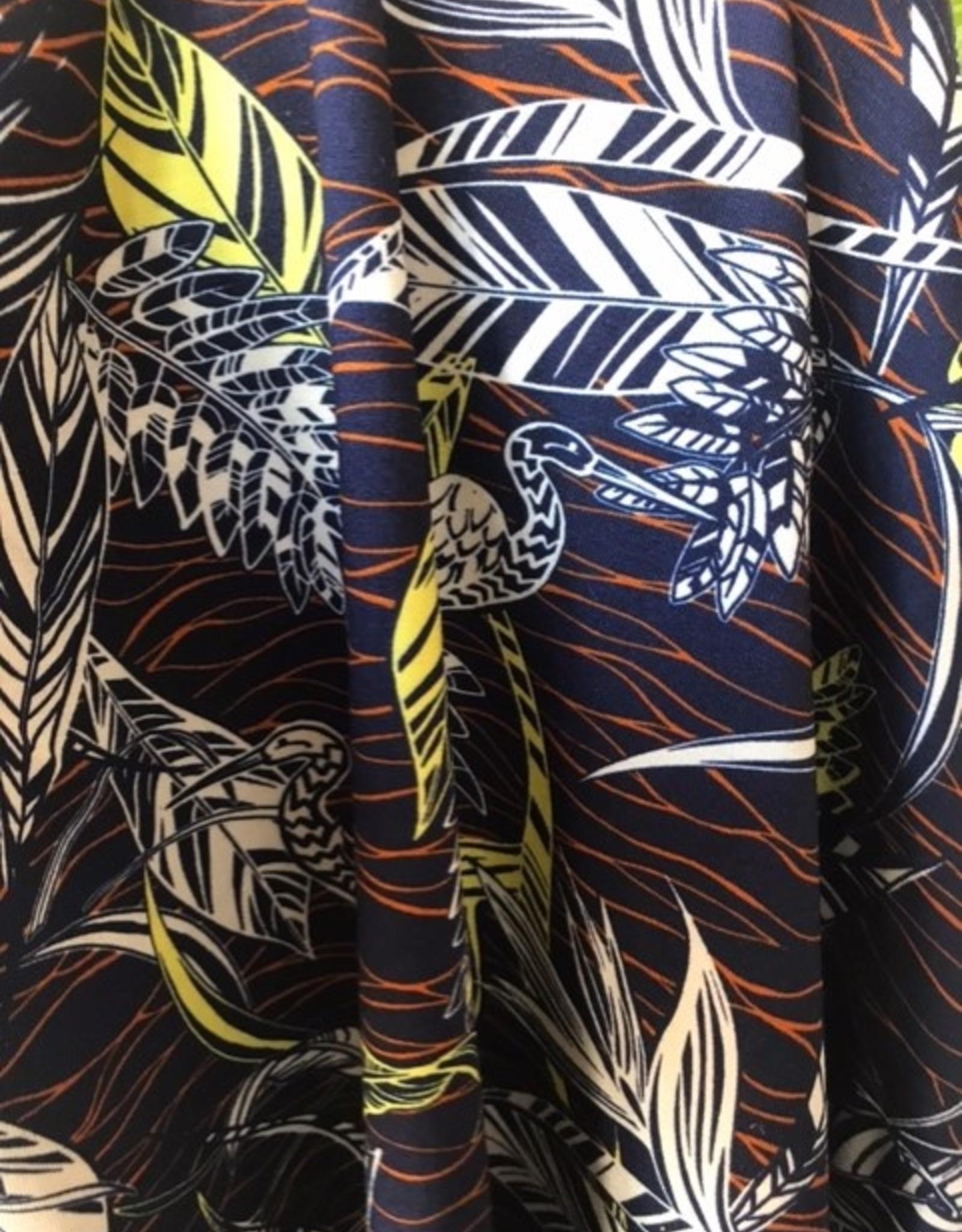 Viscosetricot navy tropical print met kraanvogels
