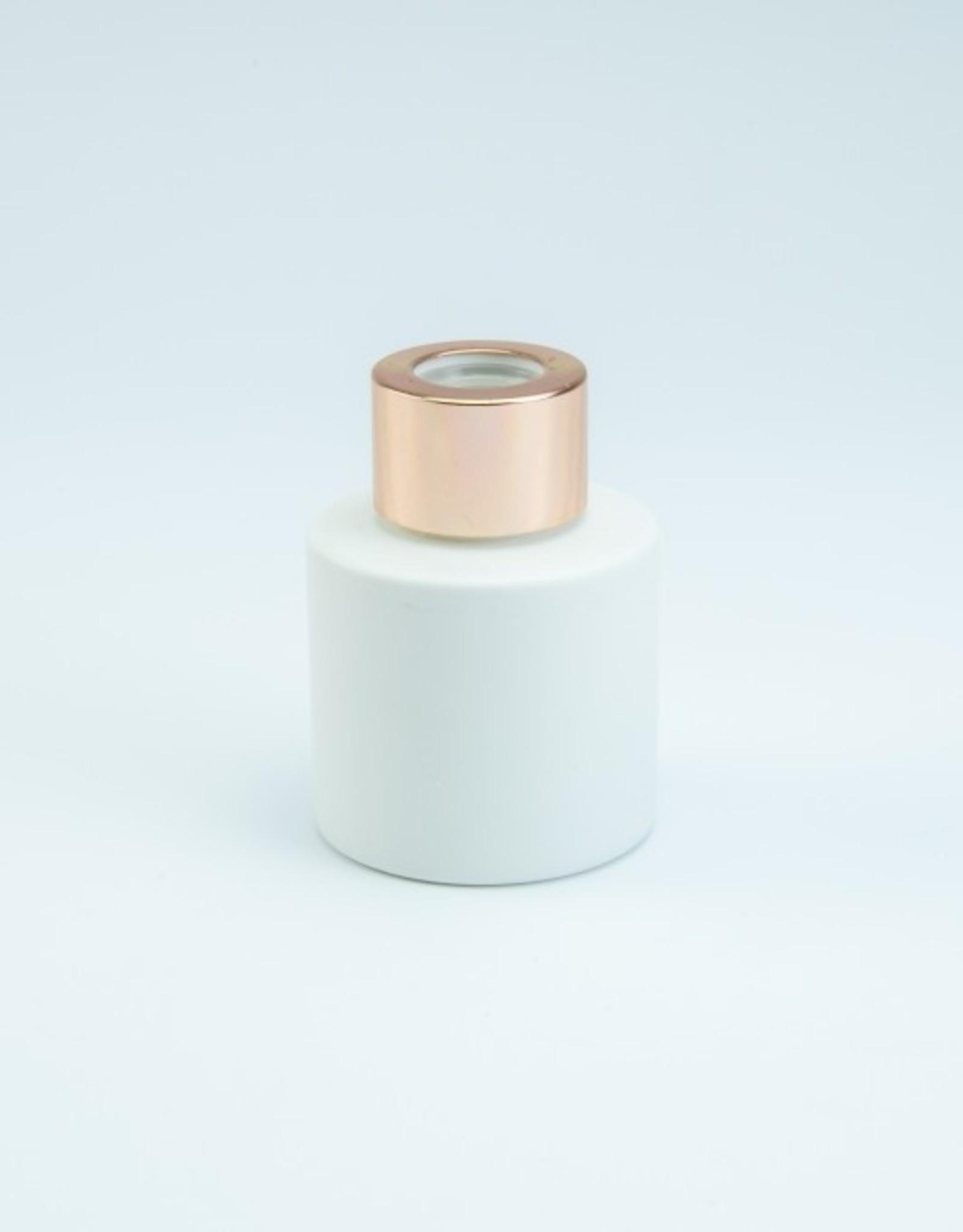 Parfumflesje rond 50ml wit met roségouden dop - incl geurstokjes