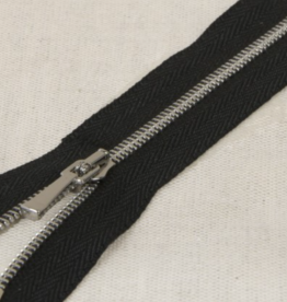 Sierrits zeer fijn zwart met zilveren tandjes en sierslot 30cm
