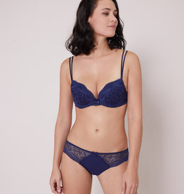 Simone Pérèle Eden Push-up