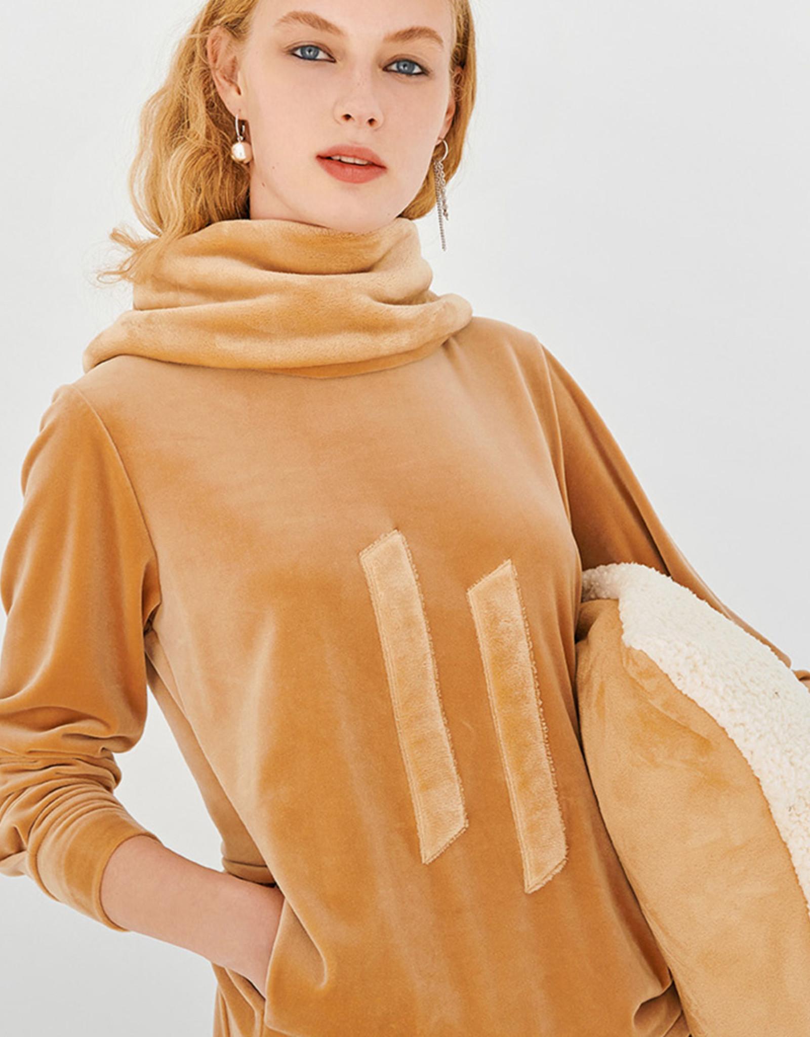 Lords & Lillies Dames sweater en broek