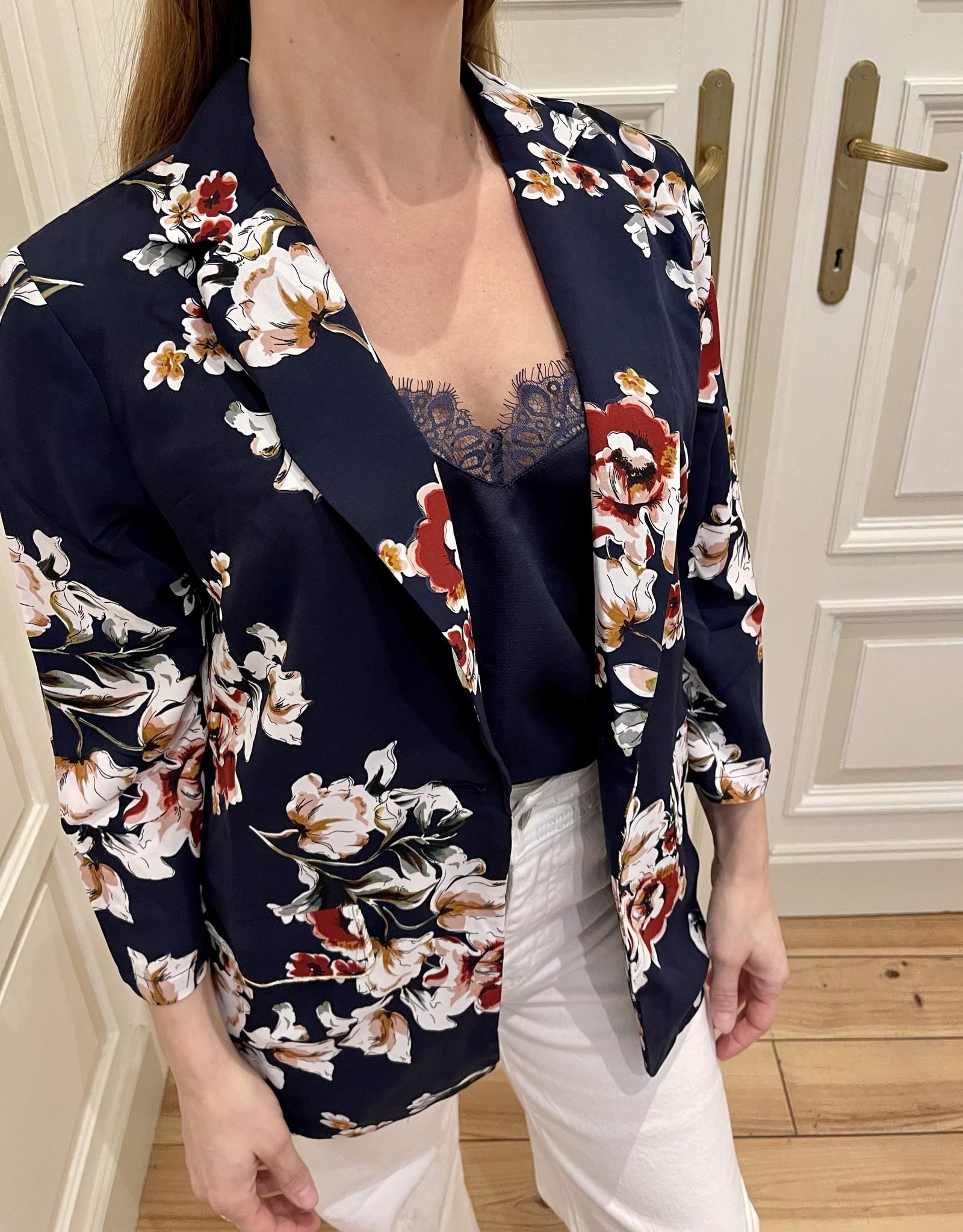 Kimono Stella