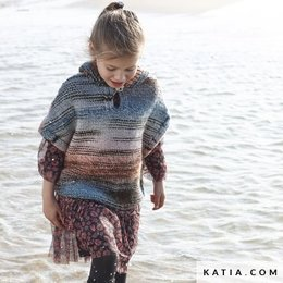 Katia Kinderponcho mit Kapuze aus Twins