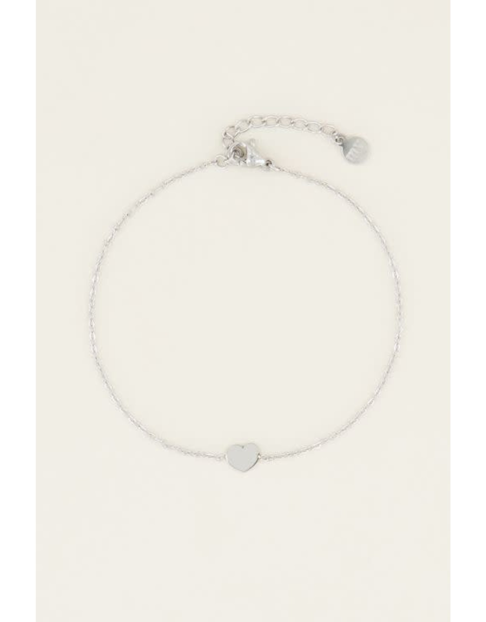 Armband klein hartje zilver