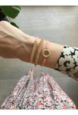 Armband bar breed touwtje peach