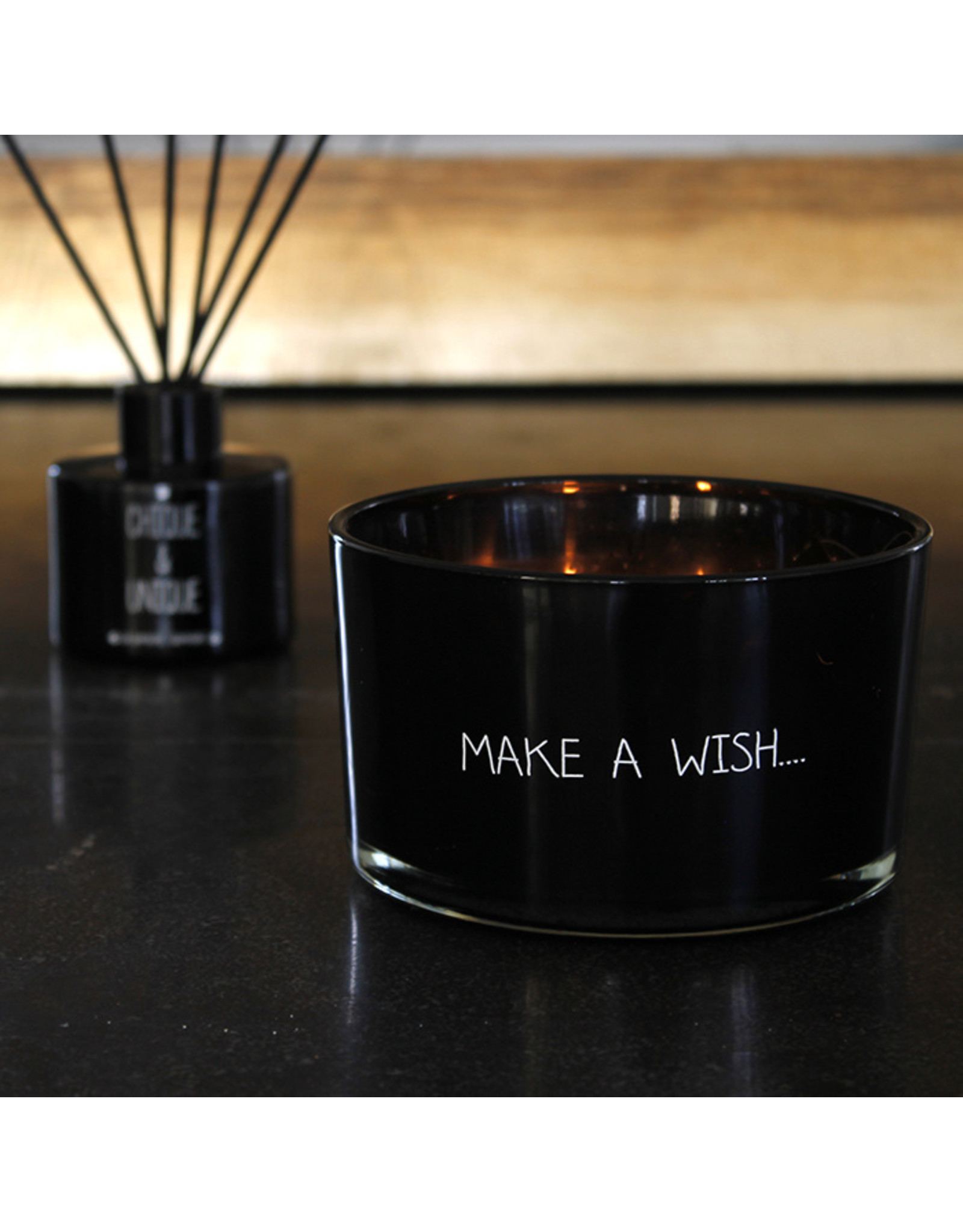 Geurkaars Zwart 'Wish'