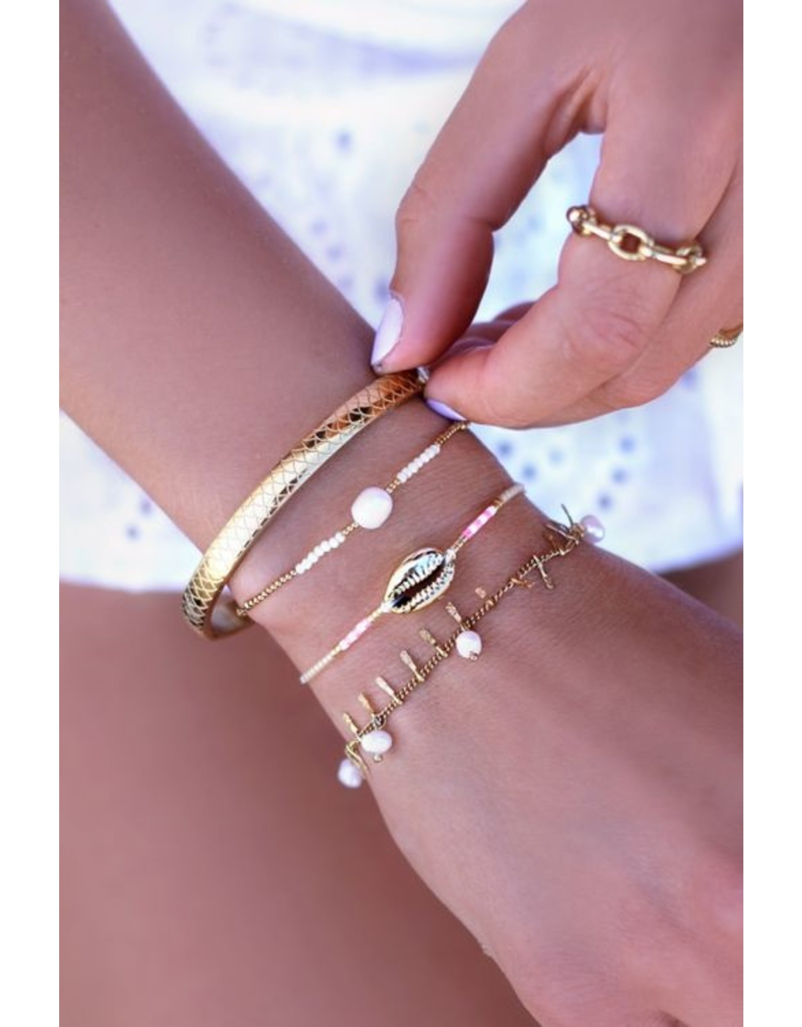 Armband parels staafjes goud