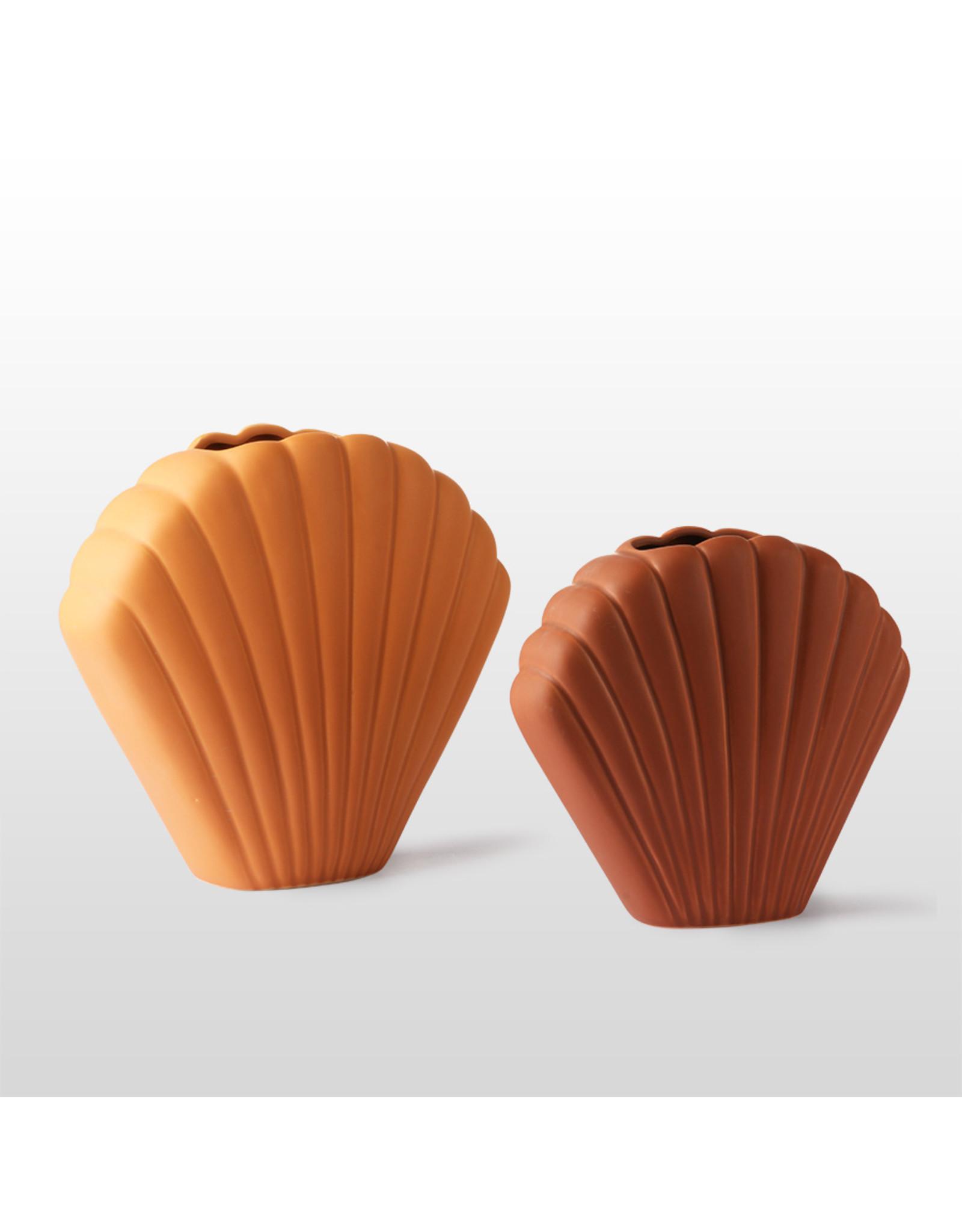 Terracotta schelp vaas medium brown