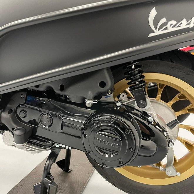 Vespa Sprint Notte E4 Custom