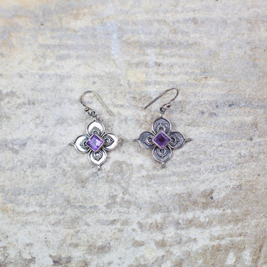 India - Jewellery & Gifts Silver & Amethyst Earrings