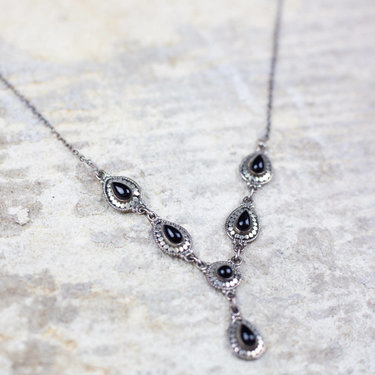 India - Jewellery & Gifts Silver & Onyx Necklace