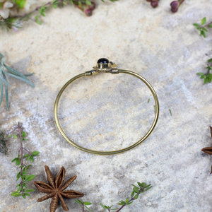Flower & 'Onyx' Bracelet