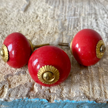 India - Handicrafts Burnt Red Round Ceramic Knob