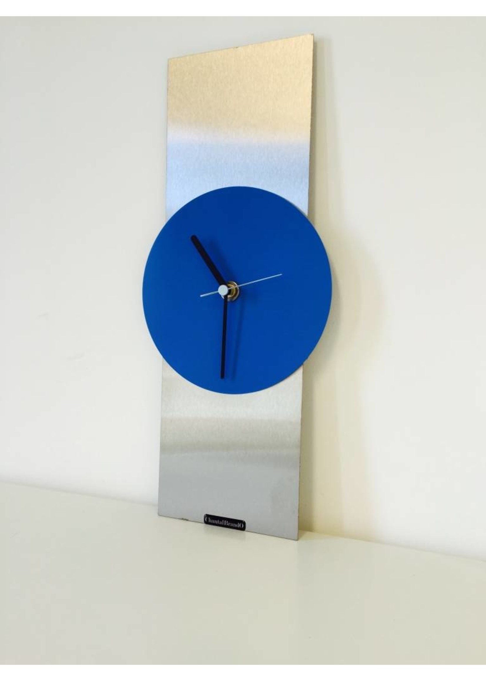 Klokkendiscounter Wandklok Blue Haze Modern Design