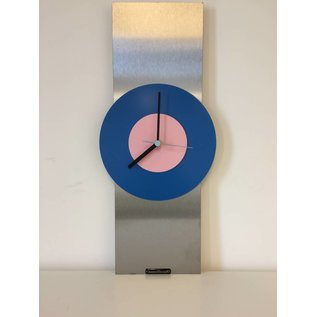 Klokkendiscounter Wanduhr Edelstahl Blue & Pink