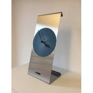 Klokkendiscounter Tafelklok Yara Zilver en Staalblauw Cirkel