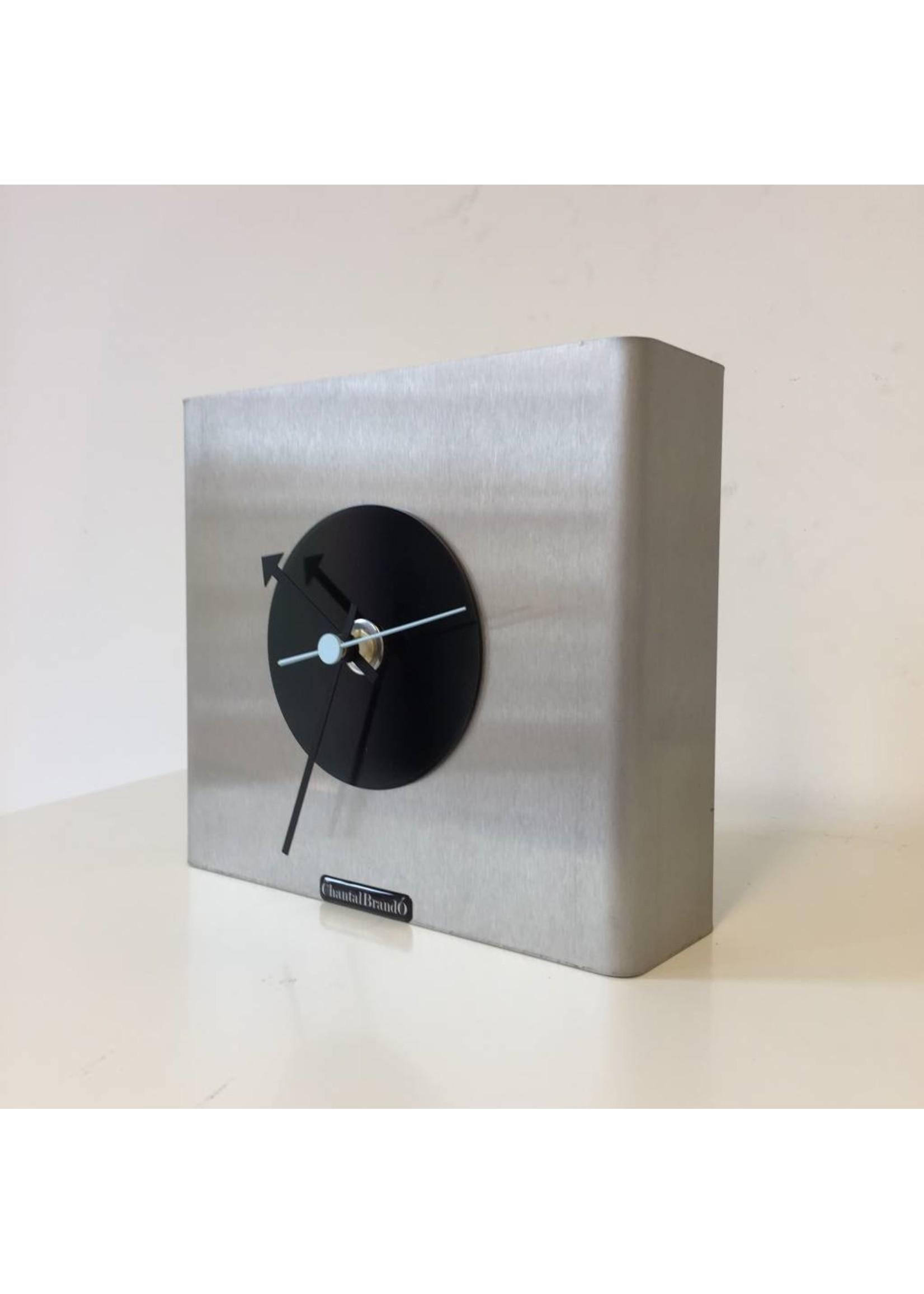 Klokkendiscounter Tafelklok NIKE Design Black Circle