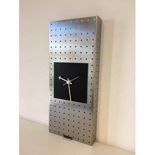 Klokkendiscounter Wanduhr Edelstahl Montreal design