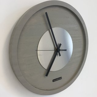 ChantalBrandO Wandklok Quinten Zilver Modern Design