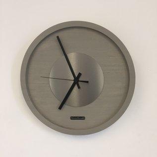 Klokkendiscounter Wandklok Quinten Zilver Modern Design
