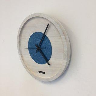 Klokkendiscounter Wandklok Quinten White & Blue Hammer Modern DUTCH Design