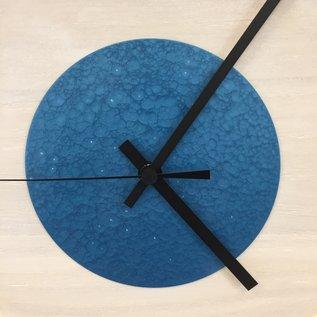 Klokkendiscounter Wanduhr Quinten White & Blue Hammer Modern DUTCH Design