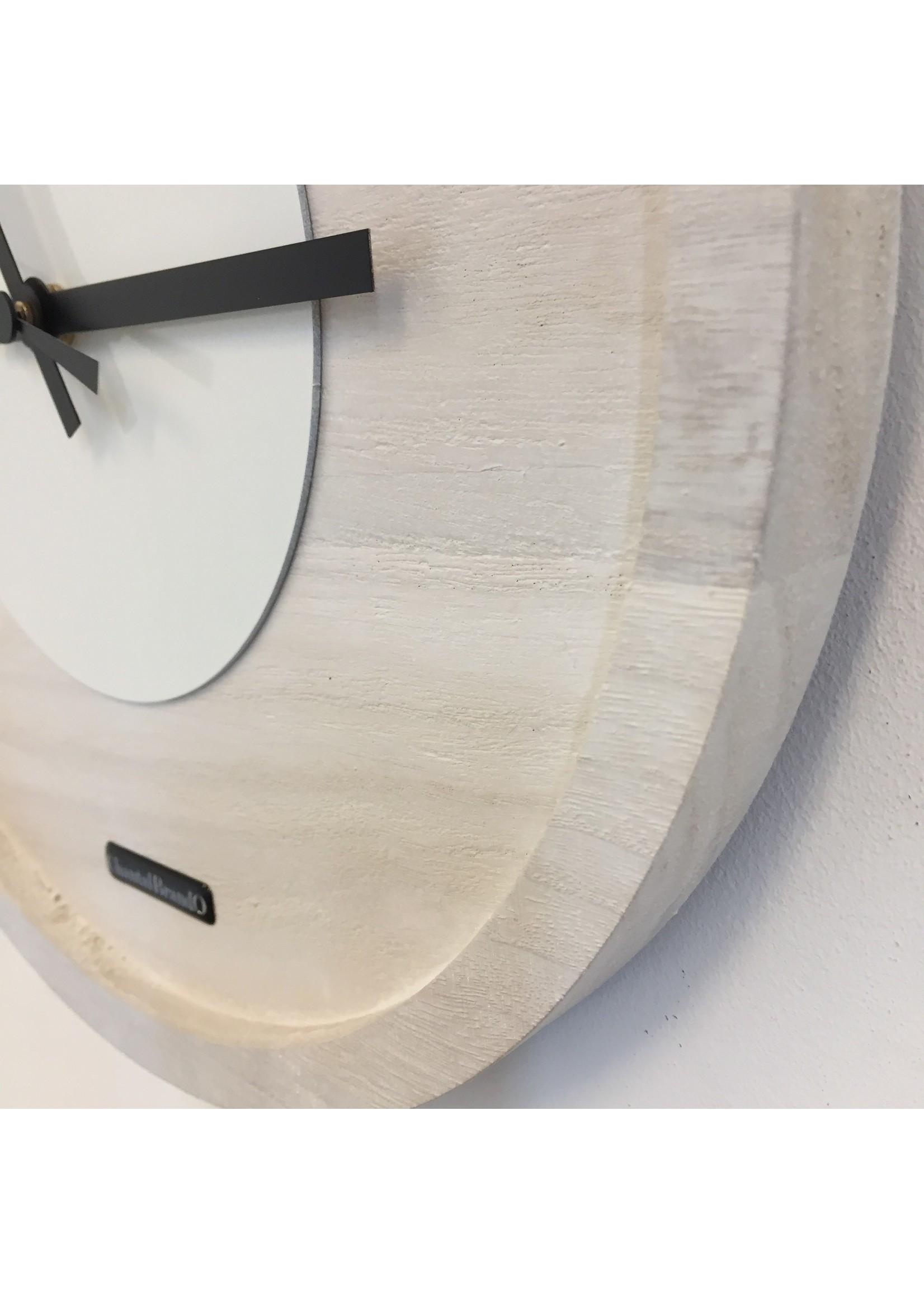 Klokkendiscounter Wandklok Quinten White On White Modern DUTCH Design