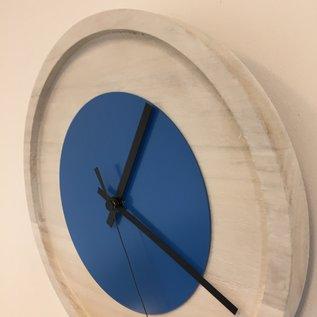 Klokkendiscounter Wandklok Quinten White & Blue Modern Dutch Design
