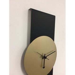 Klokkendiscounter Wanduhr Black Line & Gold Modern Design Edelstahl