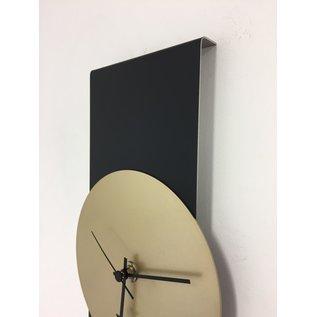 ChantalBrandO Wandklok Black Line & Gold Modern Design RVS