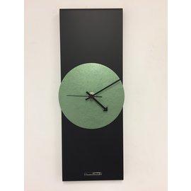 Klokkendiscounter Wandklok Black Line & Hammer Green Modern Design RVS