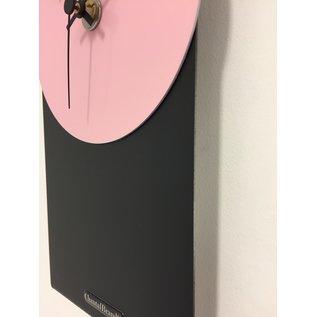Klokkendiscounter Wanduhr Black-Line Pink Panther Modern Design Edelstahl