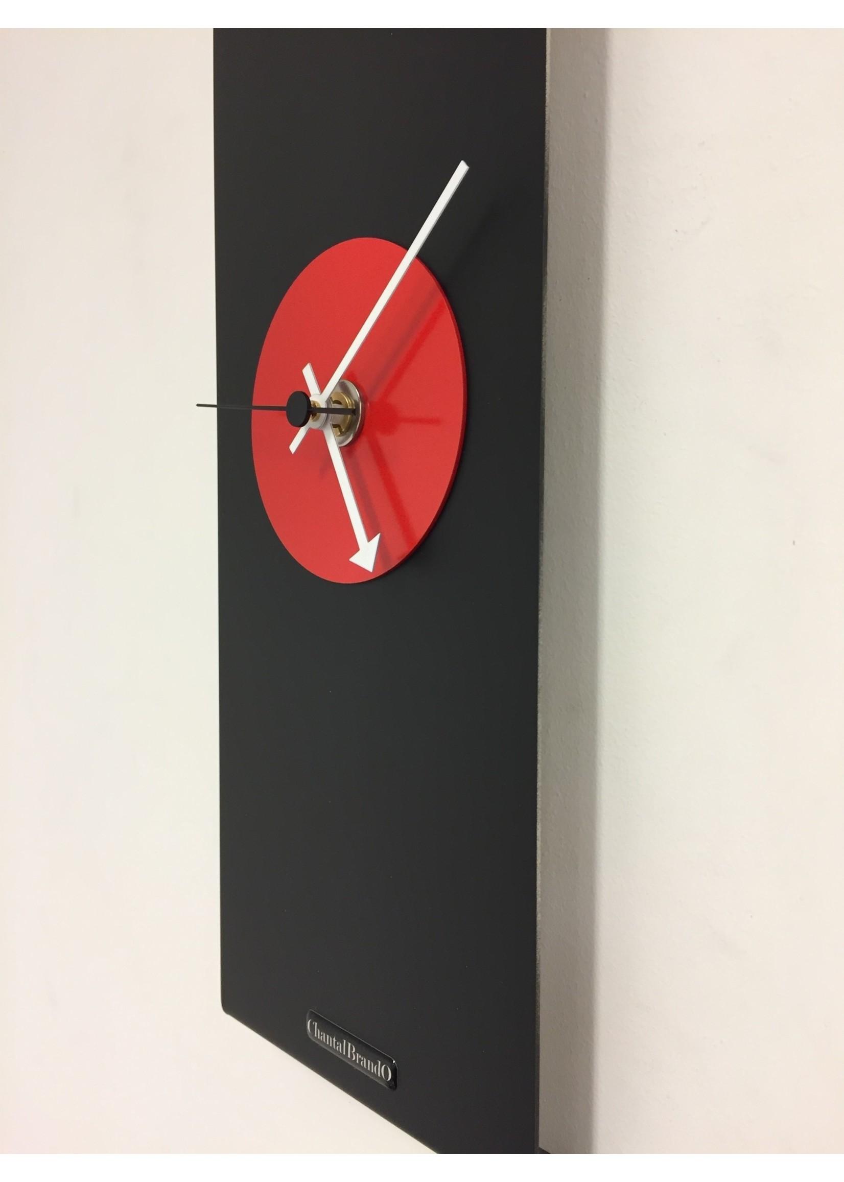 Klokkendiscounter Wandklok Black-Line & RED Modern Design RVS