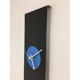 Klokkendiscounter Wandklok Black-Line & BLUE Modern Design RVS