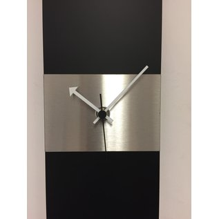 ChantalBrandO Wandklok Black-Line & Silver Stripe Modern Design RVS