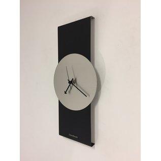 Klokkendiscounter Wanduhr Black-Line & Silver Modern Design Edelstahl
