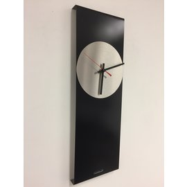 Klokkendiscounter Wanduhr LaBrand Export Design Schwarze & Red Pointer