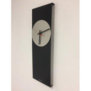 Klokkendiscounter Wandklok LaBrand Export Design Black & Red Pointer