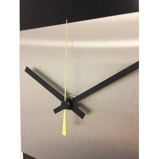 Klokkendiscounter Wanduhr LaBrand Export Design Black & Gold Pointer