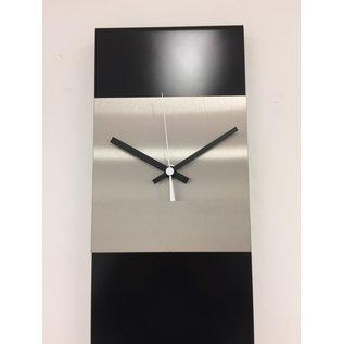 Klokkendiscounter Wanduhr LaBrand Export Design Black & White Pointer Modern Dutch Design
