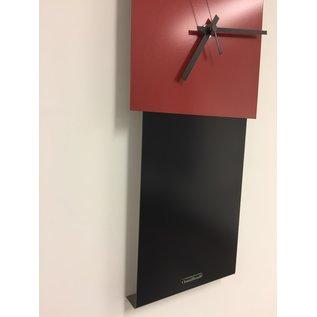 Klokkendiscounter Wanduhr LaBrand Export Design Zwart & Briljant Rood Dutch Design