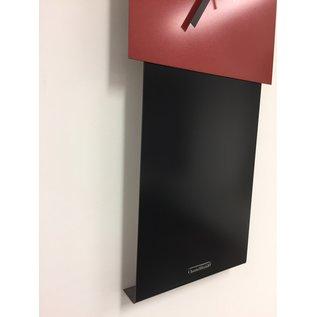 ChantalBrandO Wandklok LaBrand Export Design Black & RED Modern Dutch Design