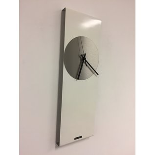 Klokkendiscounter Wanduhr LaBrand Export Line WHITE & SILVER Modern Dutch Design