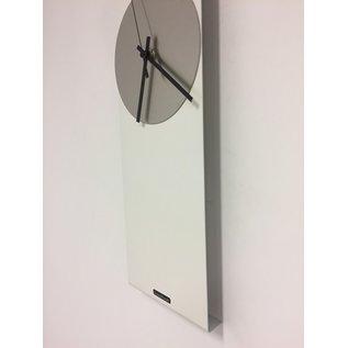 Klokkendiscounter Wandklok LaBrand Export Line WHITE & SILVER Modern Dutch Design