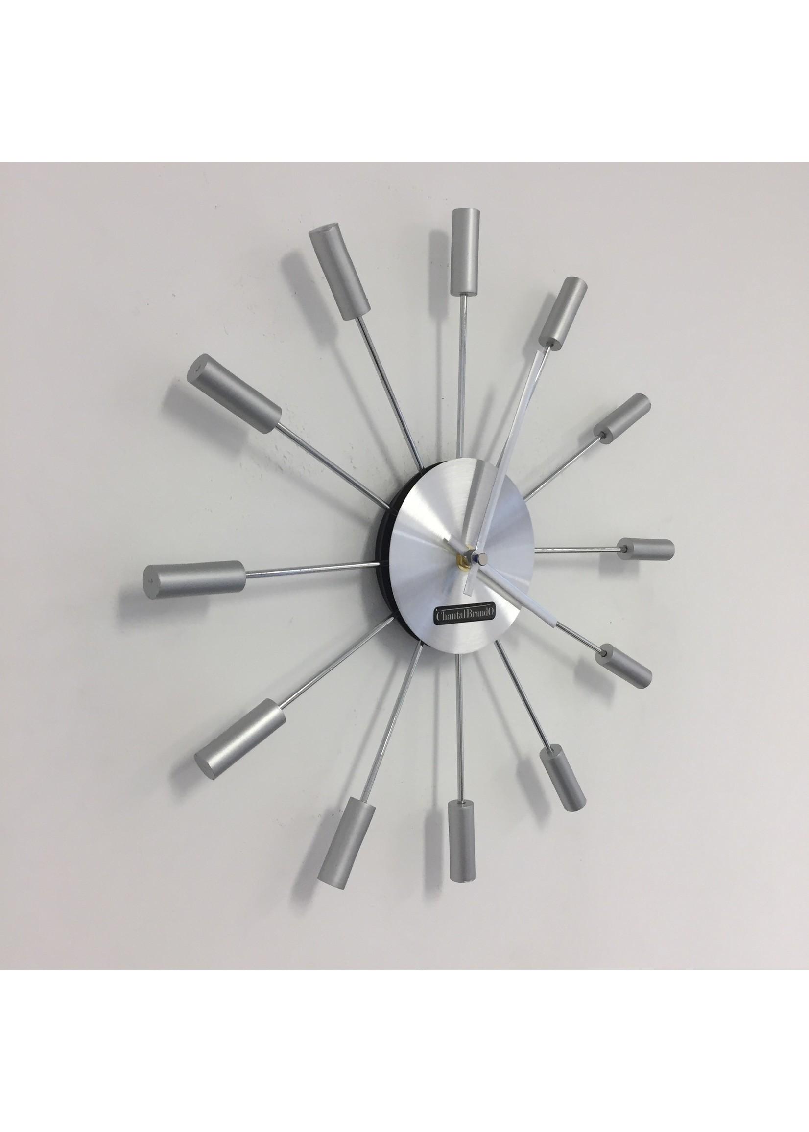 Klokkendiscounter Wandklok Silver SUN modern design
