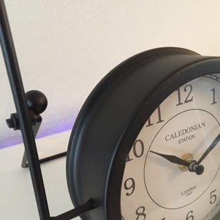 Saramax Tafel klok CALEDONIAN RETRO INDUSTRIEEL DESIGN